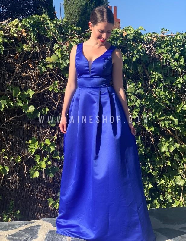 Vestido de fiesta largo de cola Azul eléctrico.